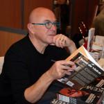 """Yann-Fanch Kemener au salon du livre de Carhaix pour son livre """"Chant de vision"""""""
